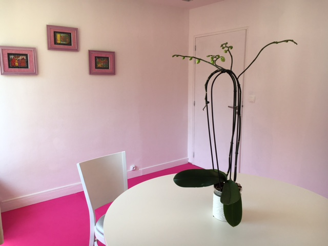 Location Bureau rose - Salons 8eme sens Angers Nantes